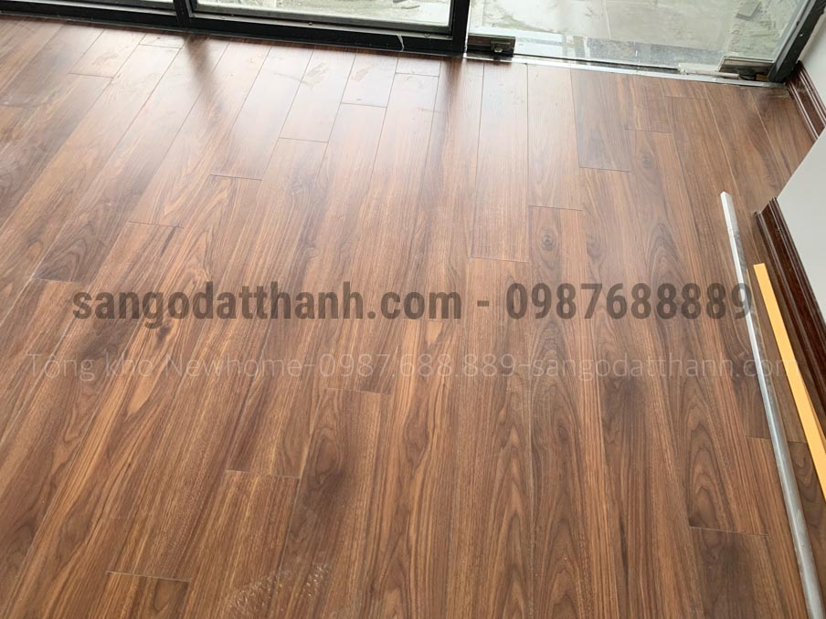 Sàn gỗ Ecolux Cốt Xanh Indonesia 12mm e153 16