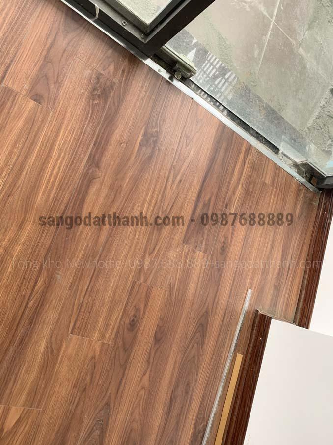Sàn gỗ Ecolux Cốt Xanh Indonesia 12mm e153 9