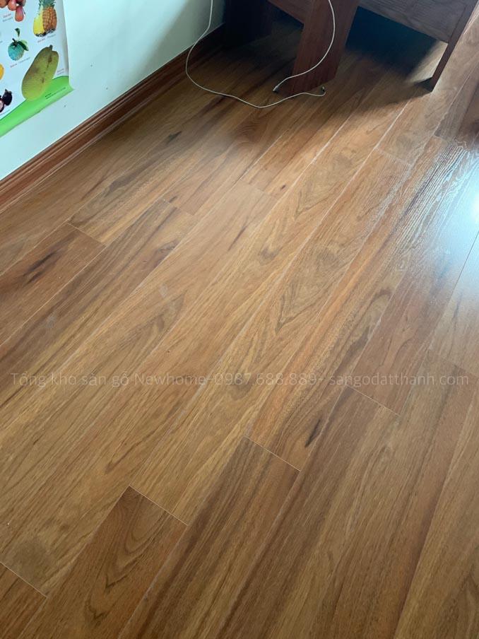 Thi công sàn gỗ Kronomax 12mm 10