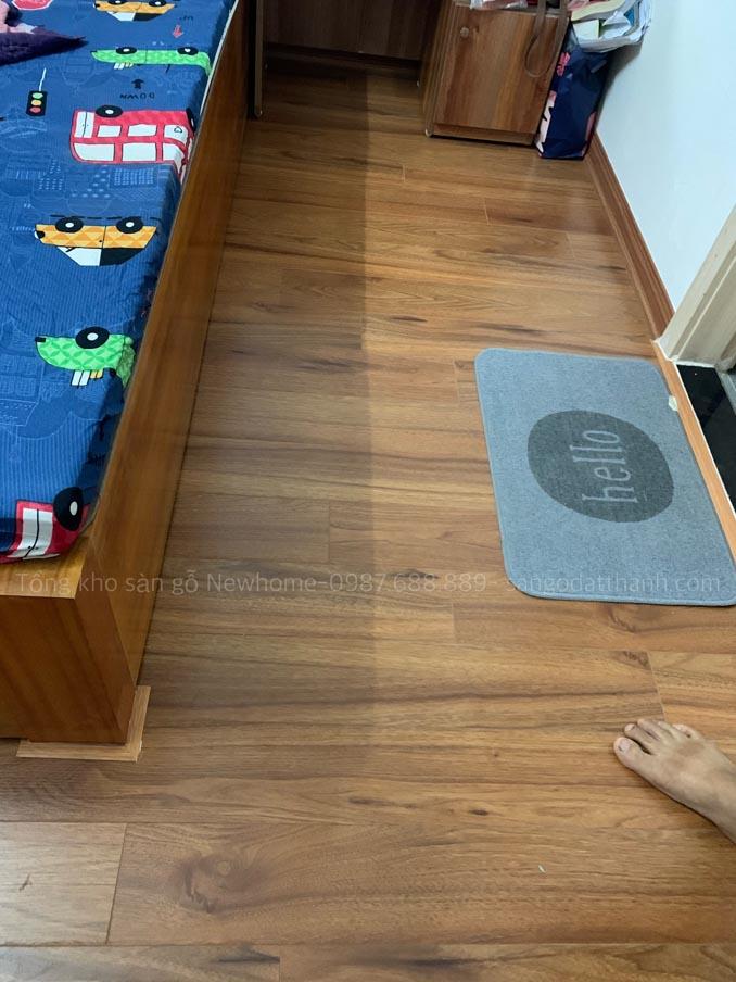 Thi công sàn gỗ Kronomax 12mm 11