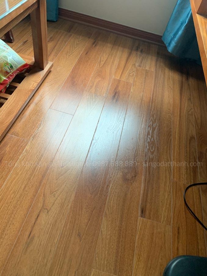 Thi công sàn gỗ Kronomax 12mm 8