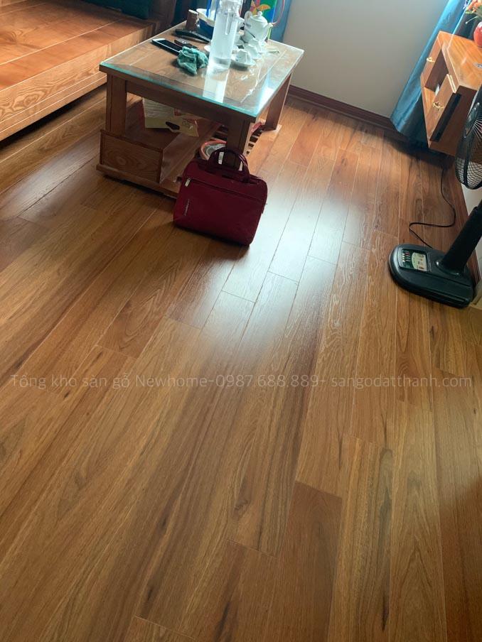 Thi công sàn gỗ Kronomax 12mm 9