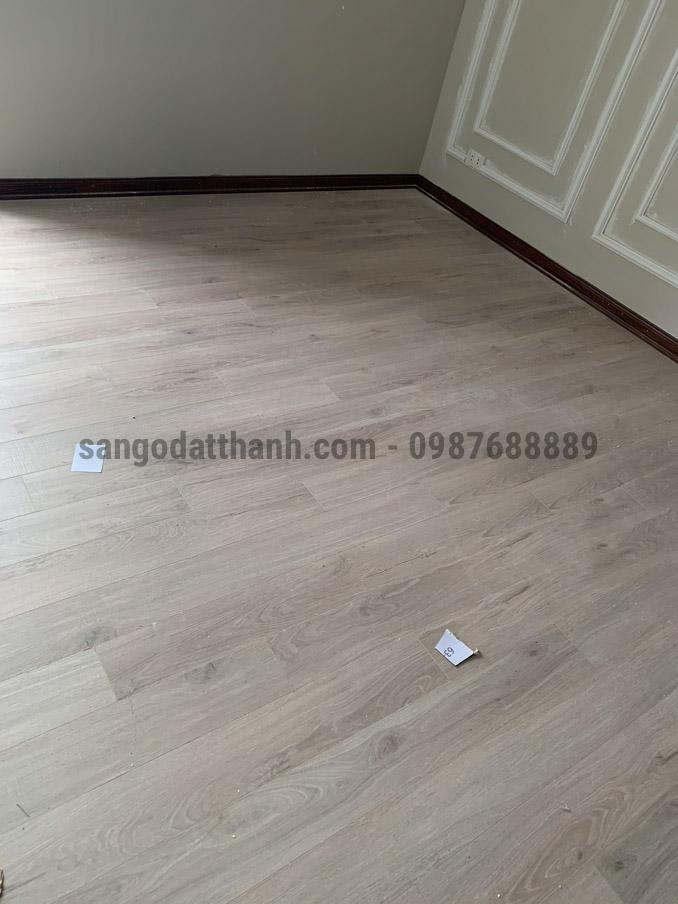Sàn gỗ Moon Floor 1216 8